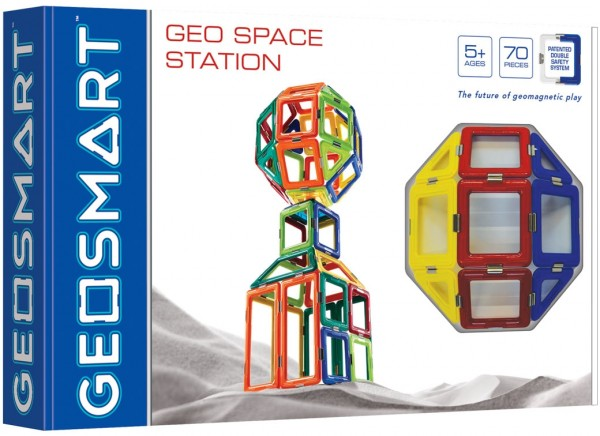 Geosmart Space Station